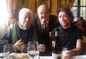 Tico Medina y Joaquín Sabina con Luis
